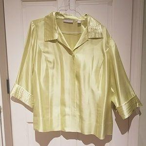 Absolutely stunning 100% silk blouse
